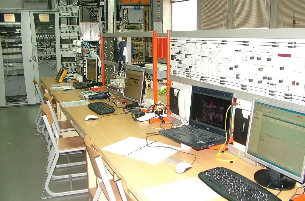 Magyarország legkorszerűbb informatikai és távközlési laborja
