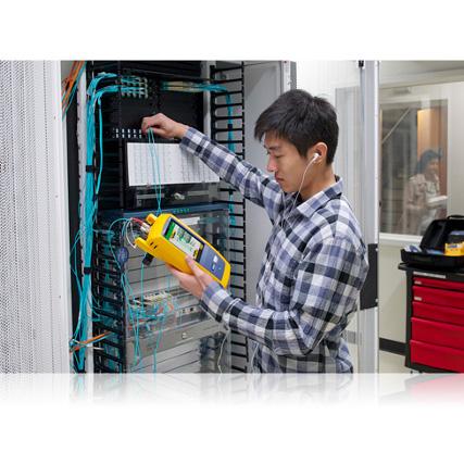 Fluke Networks CertiFiber Pro optikai csillapításmérő
